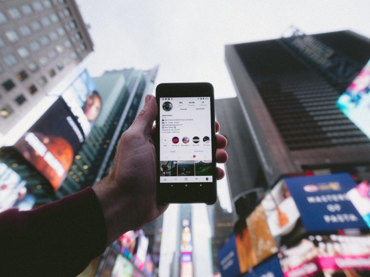corporate blogs social media